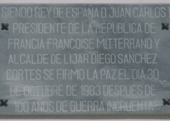 Plaque commemorating the signing of the peace.